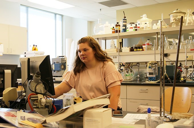 Christen Hughes '19, who discovered a passion for chemistry at the University of Redlands, is conducting research this summer as part of U of R's Student Science Research Program. (Photo by Greta Jursch '21)