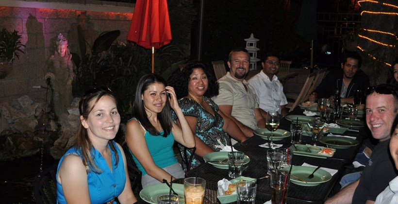 GIS students at dinner