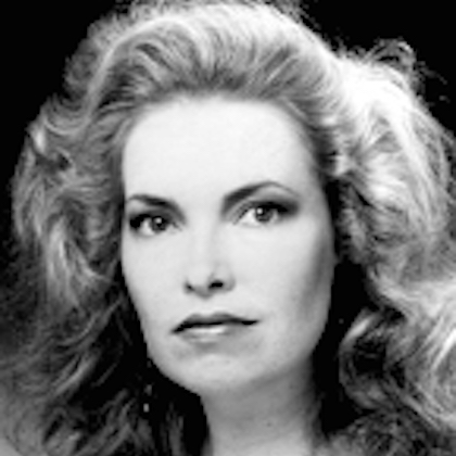 Photo of Cindy Snyder